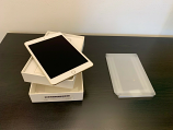 Apple iPad Pro 128GB Gold (Box and cables included)